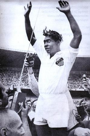 Pelé no Santos no auge da carreira